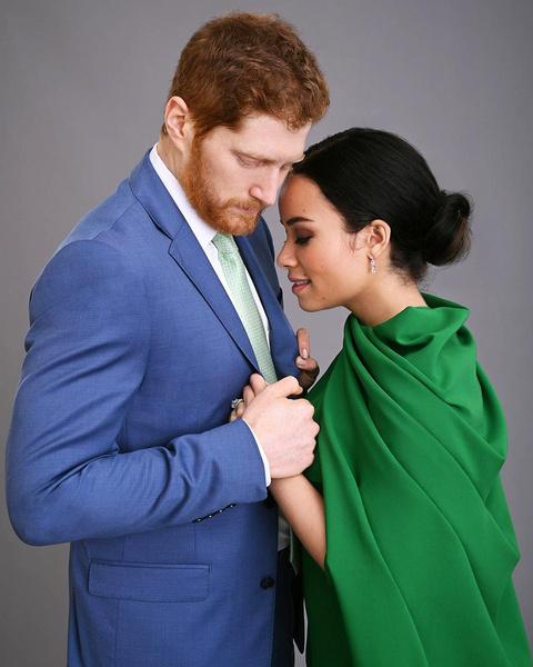 Фото №1 - Про Меган Маркл и принца Гарри снимут новый фильм