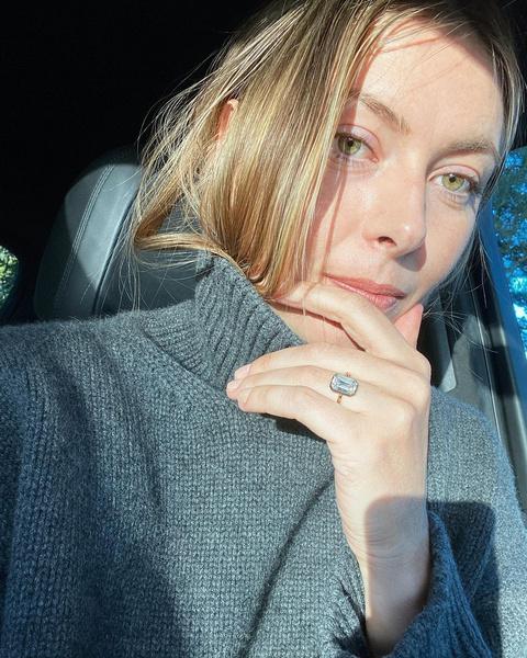 Фото №2 - Дороже, чем вы думали: названа цена помолвочного кольца Шараповой