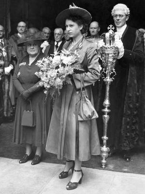 Фото №5 - Стильное положение: как одеваются беременные королевы, принцессы и герцогини