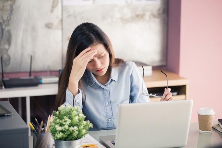 Фото №1 - У людей, страдающих мигренью, в 3 раза чаще развивается депрессия