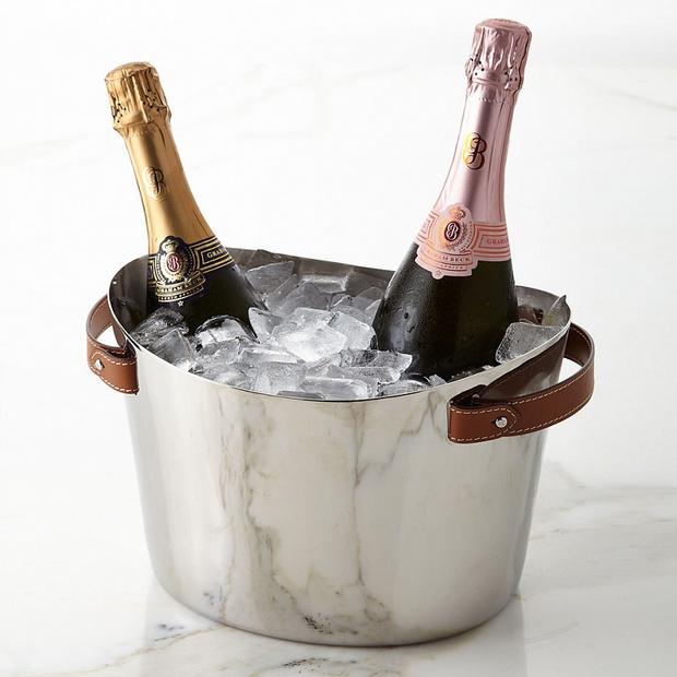 Фото №1 - Ведерки и бокалы для шампанского: выбор ELLE DECORATION