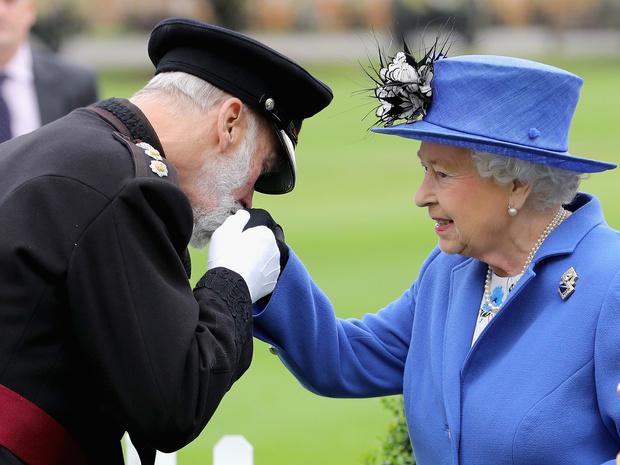 Фото №2 - Зависть или несправедливость: что Сассекские не поделили с принцем Майклом Кентским