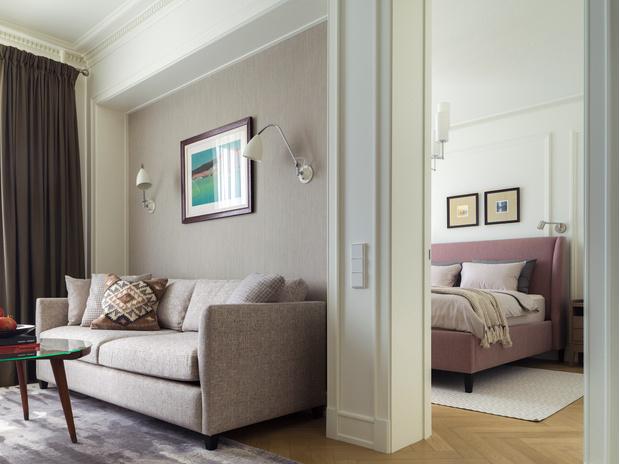 Фото №2 - Светлая квартира 58 м² с винтажной мебелью в Москве