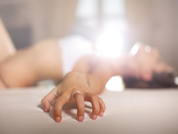 Фото №2 - Что такое миотонический оргазм (и как его получить)