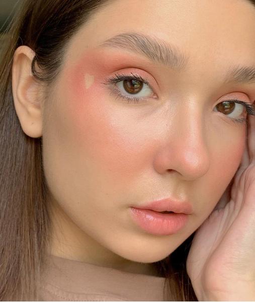 Фото №3 - Быстро и красиво: 10 модных макияжей в школу, которые легко повторить