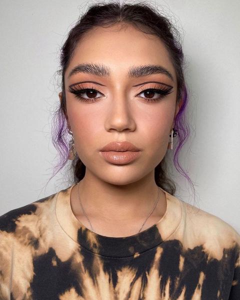 Фото №7 - Бронза в макияже: новый цвет, который мы все захотим этой зимой