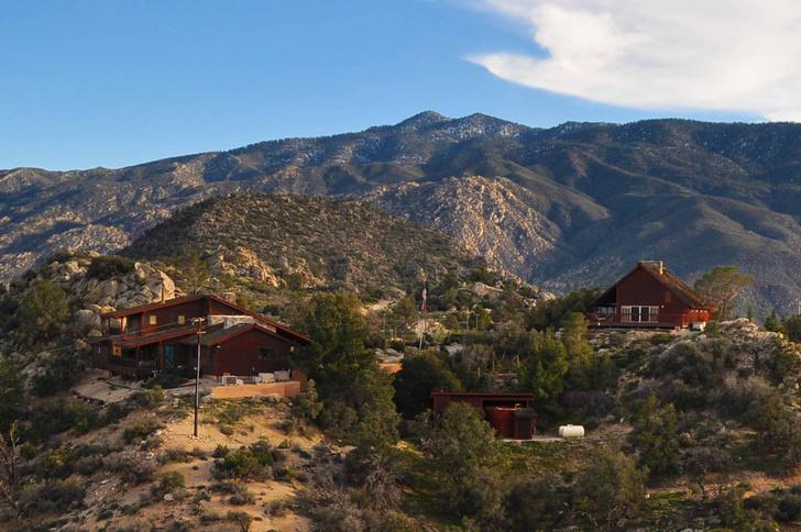 Фото №14 - В Калифорнии продается бывший дом Фрэнка Синатры