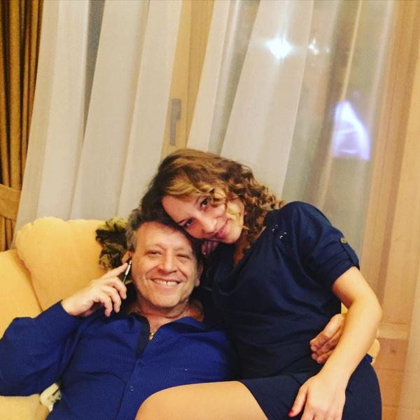 Фото №2 - Вдова Грачевского с годовалым сыном останется без жилья