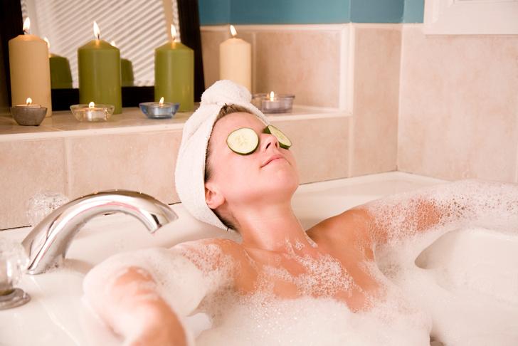 Фото №2 - 10 ритуалов красоты, которые стоит практиковать в ванной