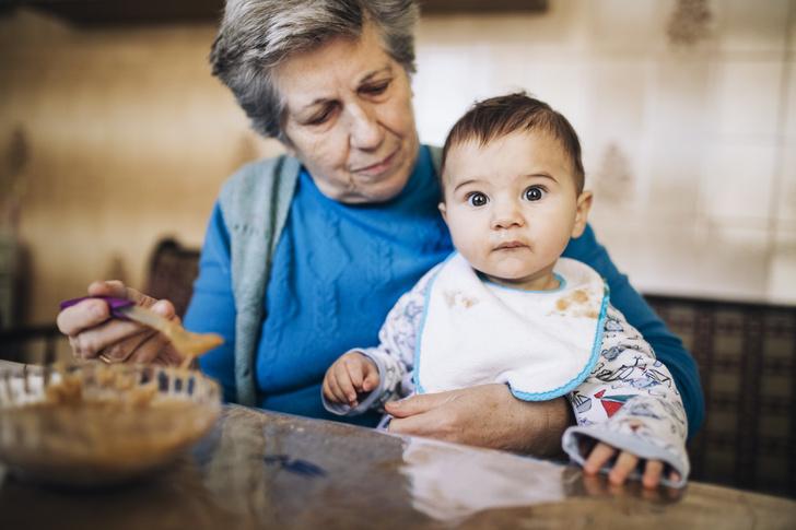 советы бабушек, мама и дочь отношения, семейные конфликты, мама и дочь ссоры, методы бабушек, вредные советы, бабушки и внуки