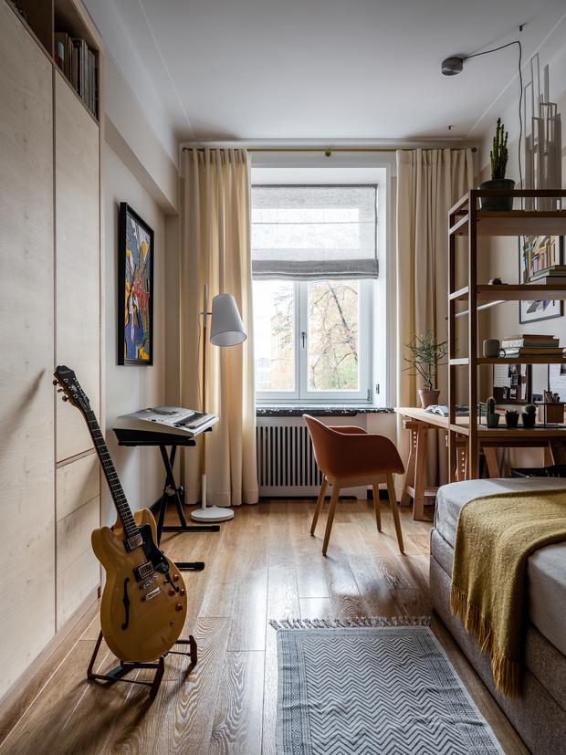 Фото №12 - Квартира с винтажной и дизайнерской мебелью в сталинке