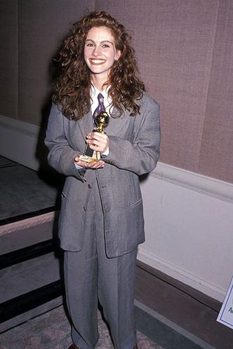 Джулия Робертс, 1990 год