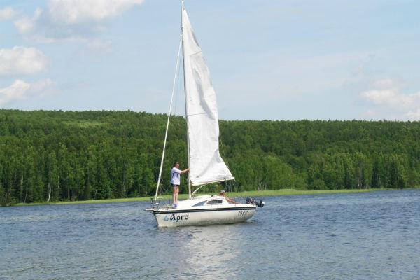 Фото №5 - Водные прогулки в Ижевске: арендуем лодки и катамараны