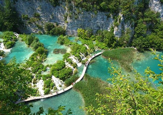 Фото №4 - 10 самых красивых озер в мире