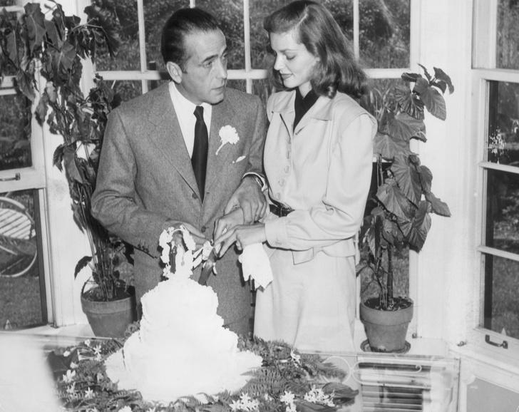 Фото №14 - Как выходили замуж легенды Голливуда: самые красивые ретро-фотографии