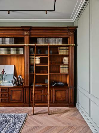 Фото №11 - «Манхэттенская» квартира с винтажной мебелью 136 м²