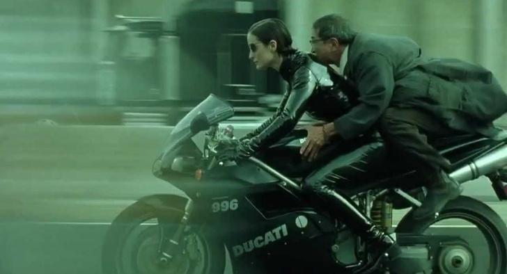 Фото №3 - Как научиться ездить на мотоцикле девушке
