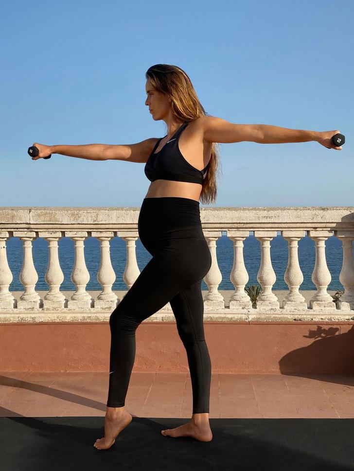 Фото №1 - Nike выпускает первый в истории спортивный бра для грудного вскармливания