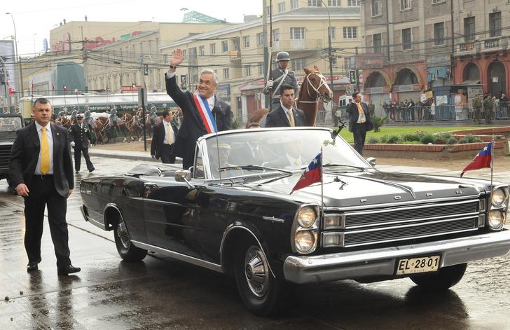 Фото №1 - Необычные автомобили, на которых передвигаются главы государств