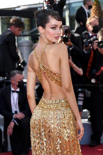 Фото №20 - Хадид с обнаженной грудью и Хилл в «нарисованном» платье: самые сексуальные образы звезд на Каннском кинофестивале