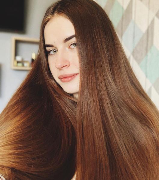 Фото №1 - 10 гениальных хаков, которые помогут быстрее отрастить длинные волосы