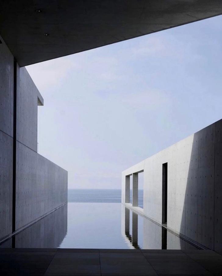 Фото №1 - Канье Уэст купил дом по проекту Тадао Андо в Малибу