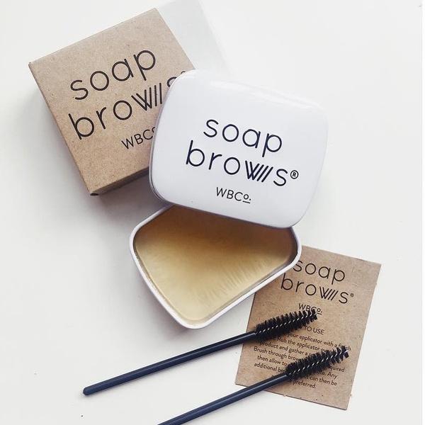 Фото №1 - Можно ли мылом укладывать брови