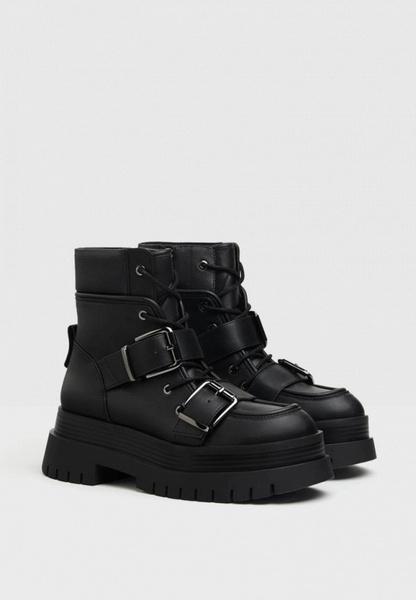Фото №13 - Тренд VS Антитренд: грубые ботинки