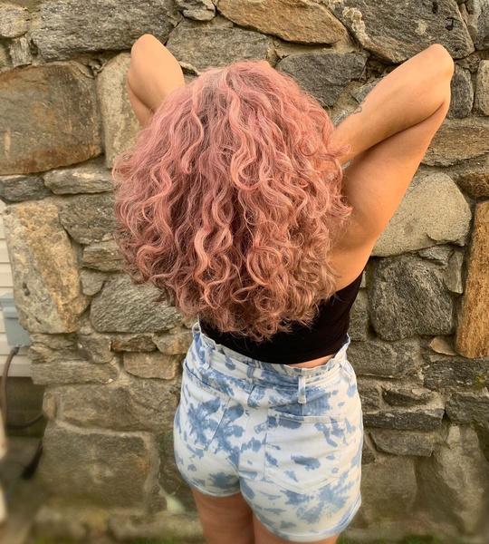 Фото №2 - Временное окрашивание: как легко сменить цвет волос на несколько дней