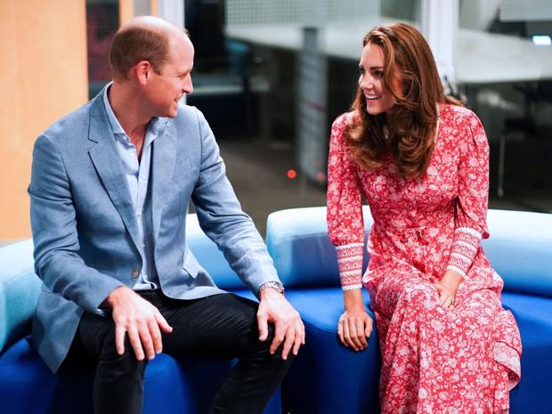 Фото №3 - Королевская традиция, против которой выступают Уильям и Меган