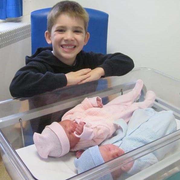 Фото №4 - Как живут тройняшки, рожденные с разницей в 7 лет: фото