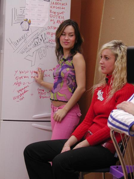 Фото №2 - Экс-участница реалити-шоу  «Дом-2» Камилла Галеева ведет асоциальную жизнь