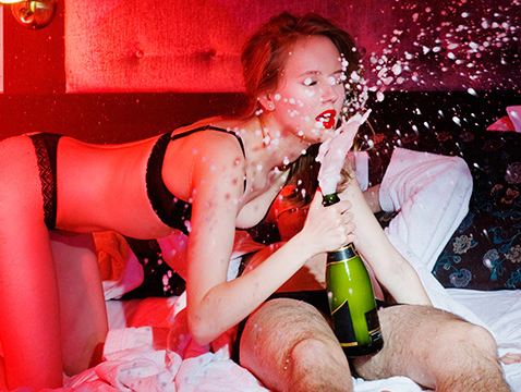 Фото №2 - Эротический ликбез: что стоит повторять из фильмов для взрослых, а что — нет