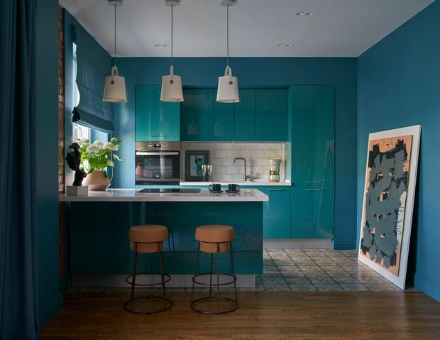 Фото №2 - Синяя квартира 53 м² в Екатеринбурге
