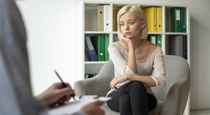 «Да нормальный я!»: что мешает нам обратиться к психиатру