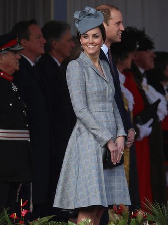 Фото №25 - Одним цветом: как королевские особы носят монохромные образы— 30 вдохновляющих примеров