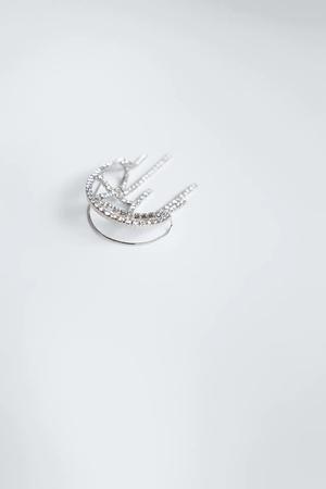 Фото №3 - Крупным планом: кафф-кольчуга из новой коллекции Zara