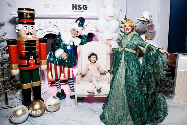 Фото №1 - Детская новогодняя елка HEARST SHKULEV GROUP