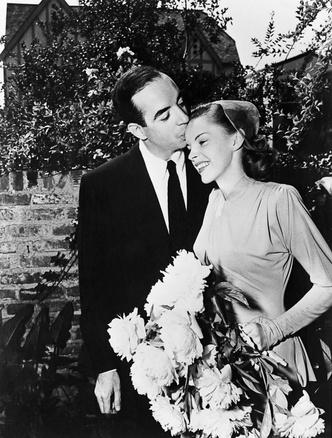 Фото №16 - Как выходили замуж легенды Голливуда: самые красивые ретро-фотографии