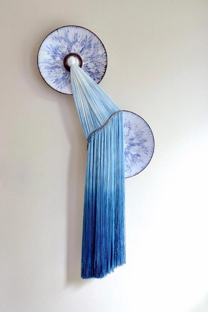 Фото №5 - Тарелки с вышивкой: необычные работы Николь Маклафлин