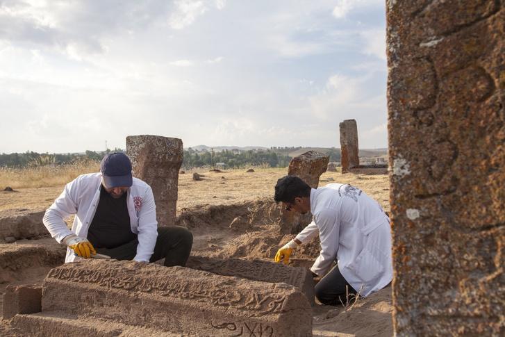 Фото №1 - В Турции нашли захоронения важных исторических деятелей