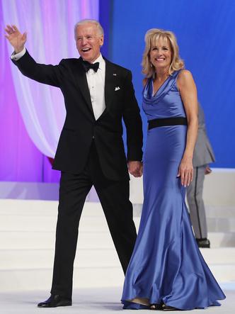 Фото №2 - Стиль Джилл Байден: как одевается новая Первая леди США