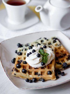 Фото №3 - Сладкий перекус, от которого невозможно отказаться: 7 рецептов вафель на любой вкус