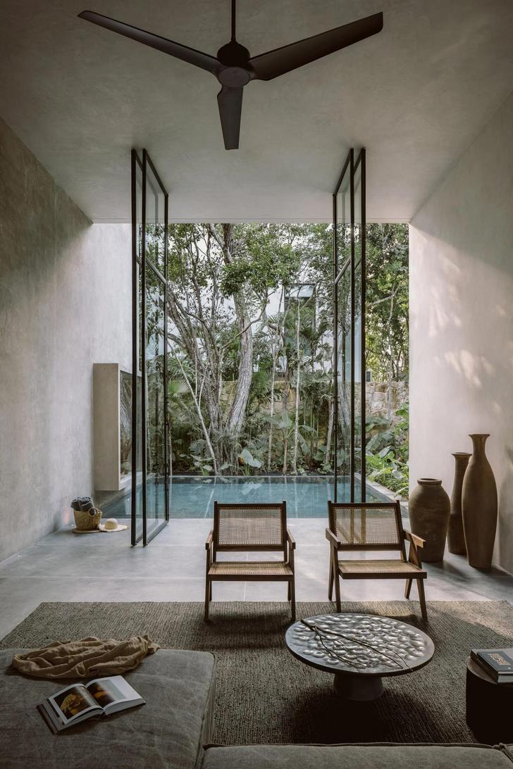 Фото №3 - Бруталистская бетонная вилла в джунглях Тулума