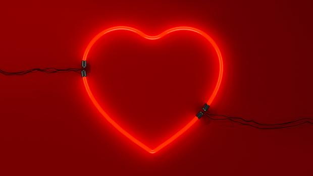 Фото №1 - Вся правда про любовь: что на самом деле сводит тебя с ума