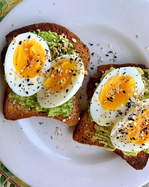 Фото №1 - Идеи для завтрака: что есть, чтобы быть красивой