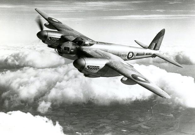 Фото №3 - Летающее полено, которое не мог догнать никто: история безоружного бомбардировщика «Москито»