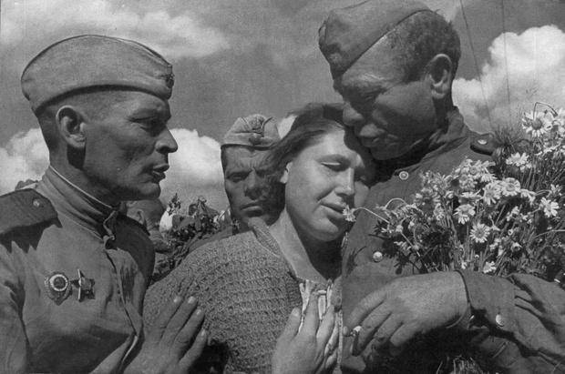 Фото №1 - Этот День Победы: как советский народ жил, любил и ждал все 1418 дней войны