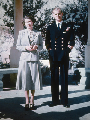Фото №2 - Супруги монархов: почему Филипп так и остался принцем, а Кейт станет королевой