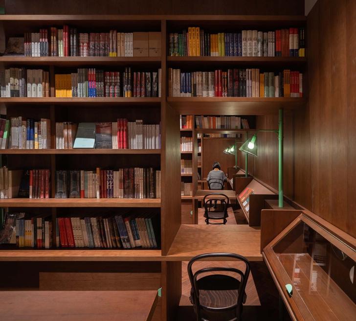 Фото №7 - Книжный магазин Common Reader в Китае